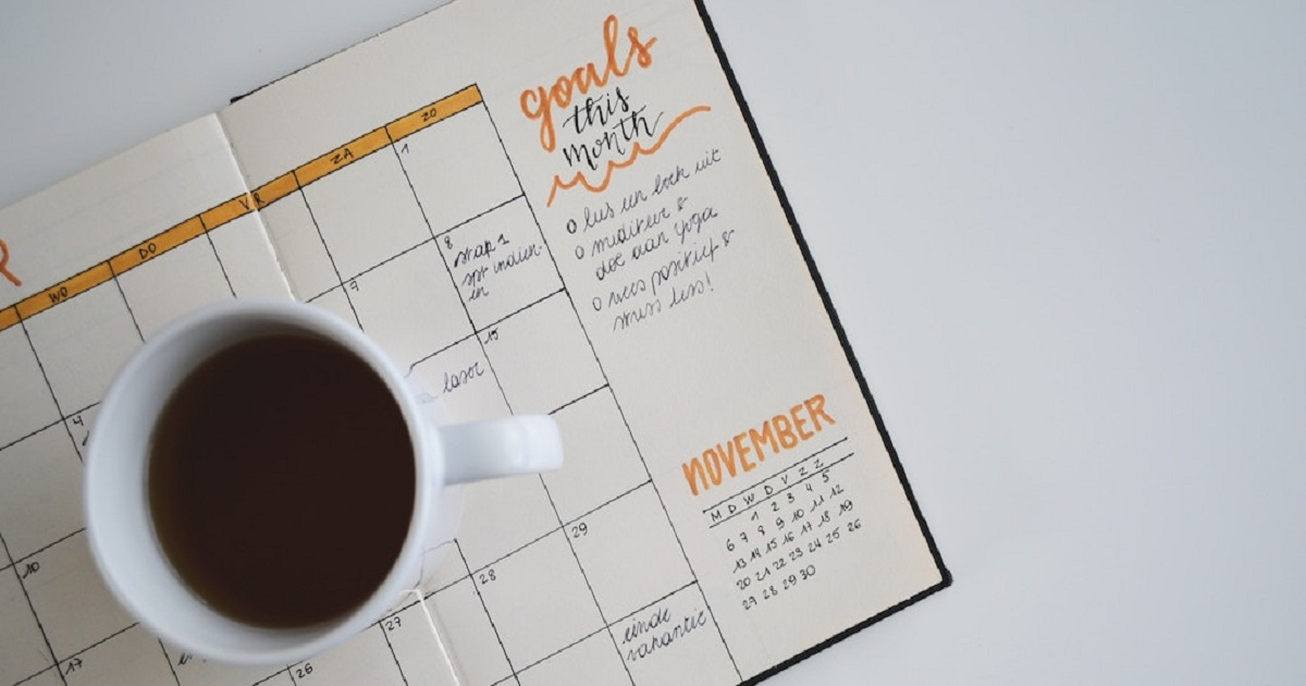 4 STEPS TO CRUSHING YOUR YEAR-END FUNDRAISING GOALS